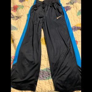 Boys Nike medium Dri fit pants